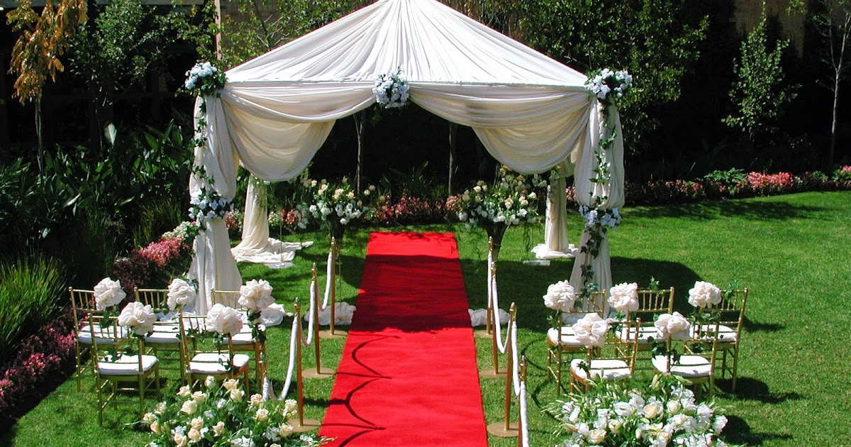 Outdoor wedding decoration ideas summer instant knowledge for Summer backyard decorating ideas