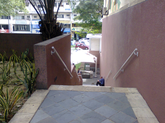 Staircase leading from Uptown Secret Garden down to Jalan SS21/58