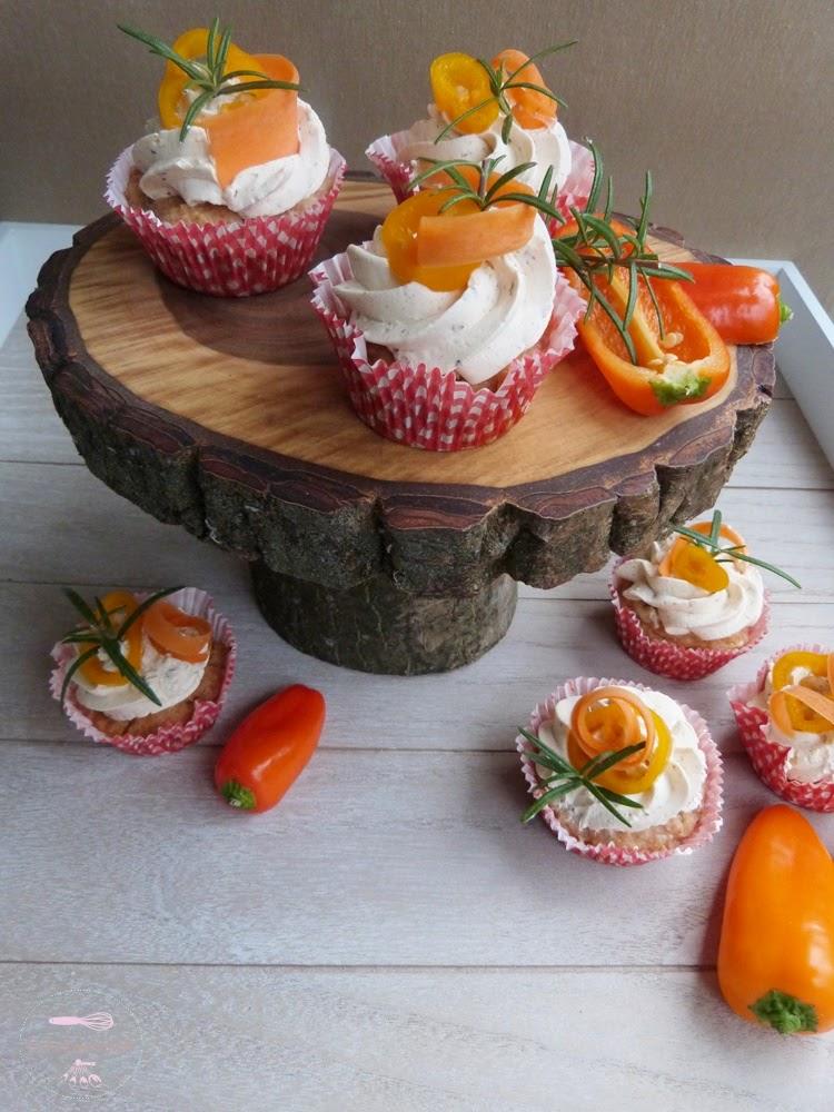 cupcakes mal herzhaft schinken paprika cupcakes mit frischk sefrosting biskuitwerkstatt. Black Bedroom Furniture Sets. Home Design Ideas