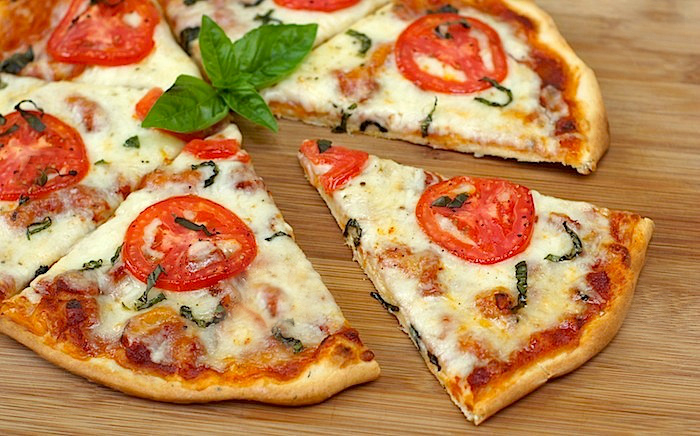 Izan's Recipes: Thin Crust Pizza Dough (using bread machine)