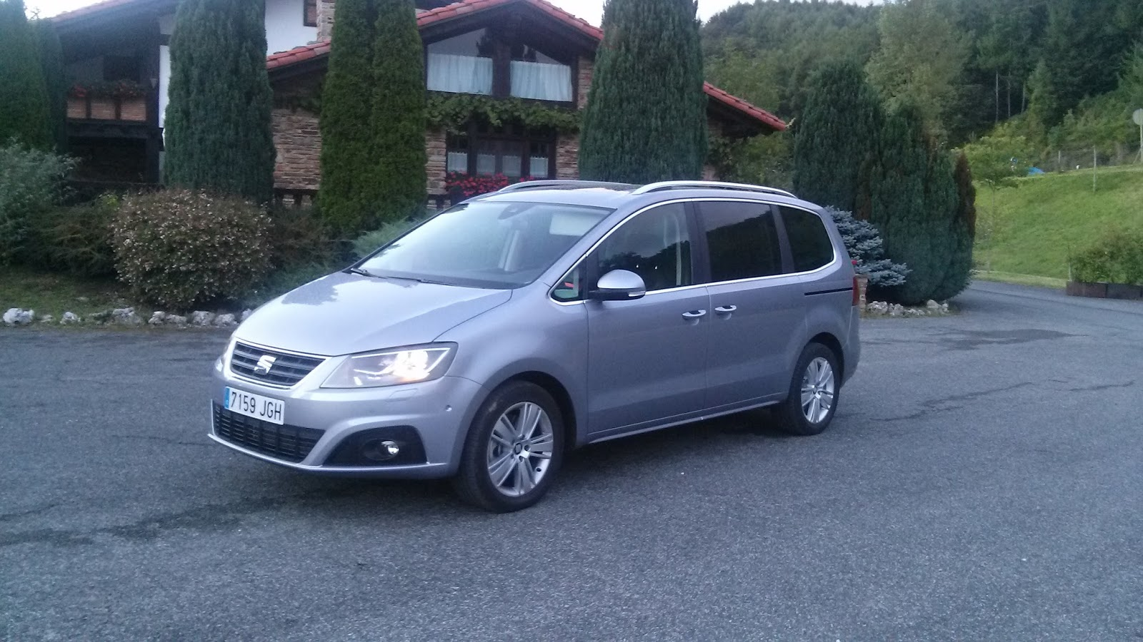 me apasiona conducir seat alhambra 2 0 tdi cr 4drive style. Black Bedroom Furniture Sets. Home Design Ideas