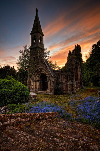 Haunted+church+Overton,+North+Wales,+England Top 10 Abandoned, Amazing and Unusual Old Homes photos old homes architecture abandoned houses