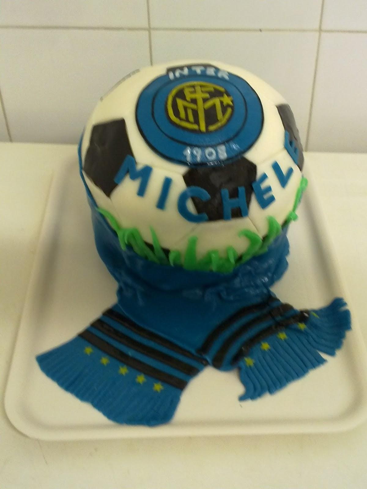 Torte A Tema A Latina Torta A Forma Di Pallone Da Calcio