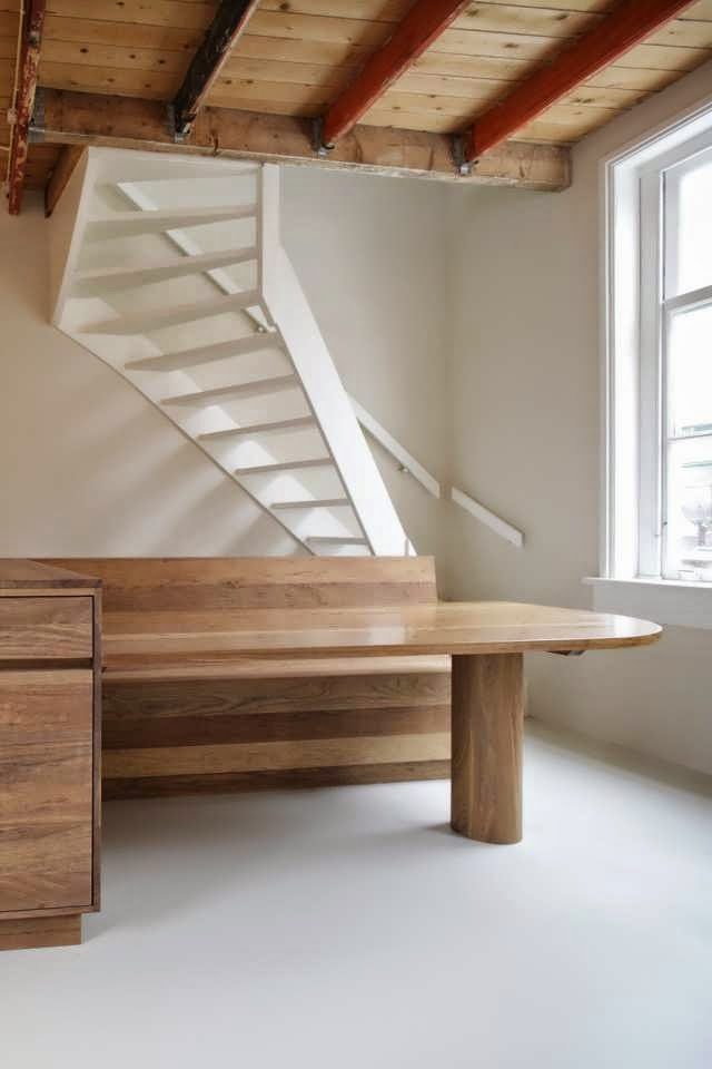 Classic with minimalist design interior make old house for Minimalist old house
