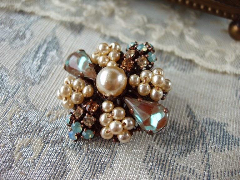 handmade vintage style rhinestone jewelry from Estonia mdmButiik