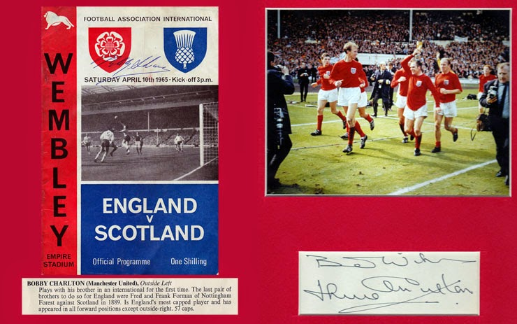 Bobby Jackie Charlton signed Wembley 1966 World Cup Football Soccer memorabilia
