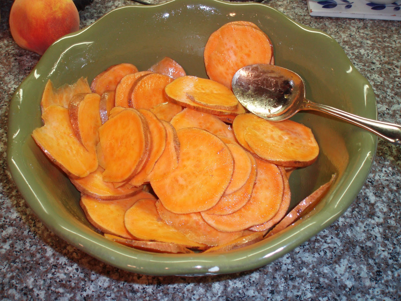 unBearablyGood: Crispy Baked Sweet Potato Chips with ...