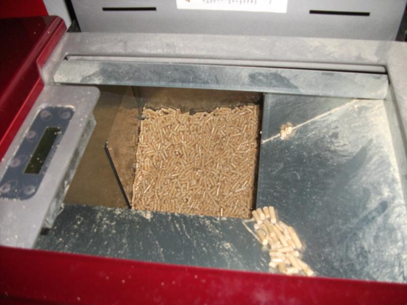 Consigli per risparmiare con la idro stufa a pellet - Stufa a pellet con termosifoni ...