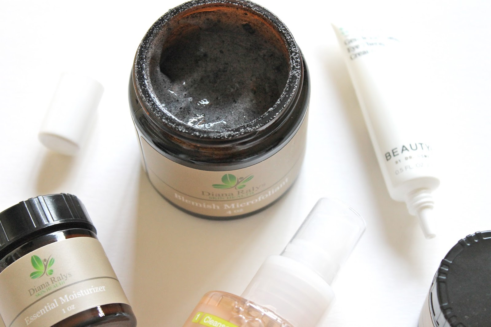 SKINCARE BITS TO ADD TO YOUR ROUTINE NOW