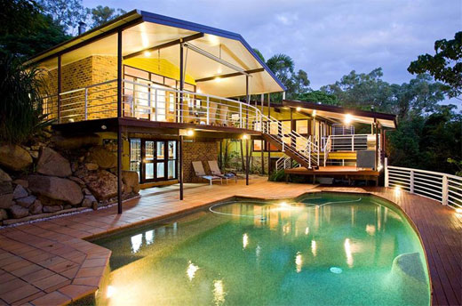 Luxury villa with exterior design cool and natural for Luxury villa exterior designs