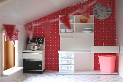 szedzki domek dla lalek, dolls house, pokój dla dziewczynki, ikea, meble do domu dla lalek