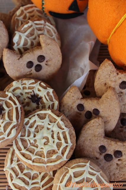 biscotti gatto e biscotti ragnatela