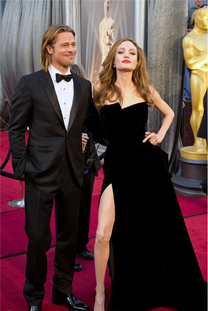 Bless Our Hearts: More Oscar Commentary And Trash Angelina Jolie Brother Kiss Oscars