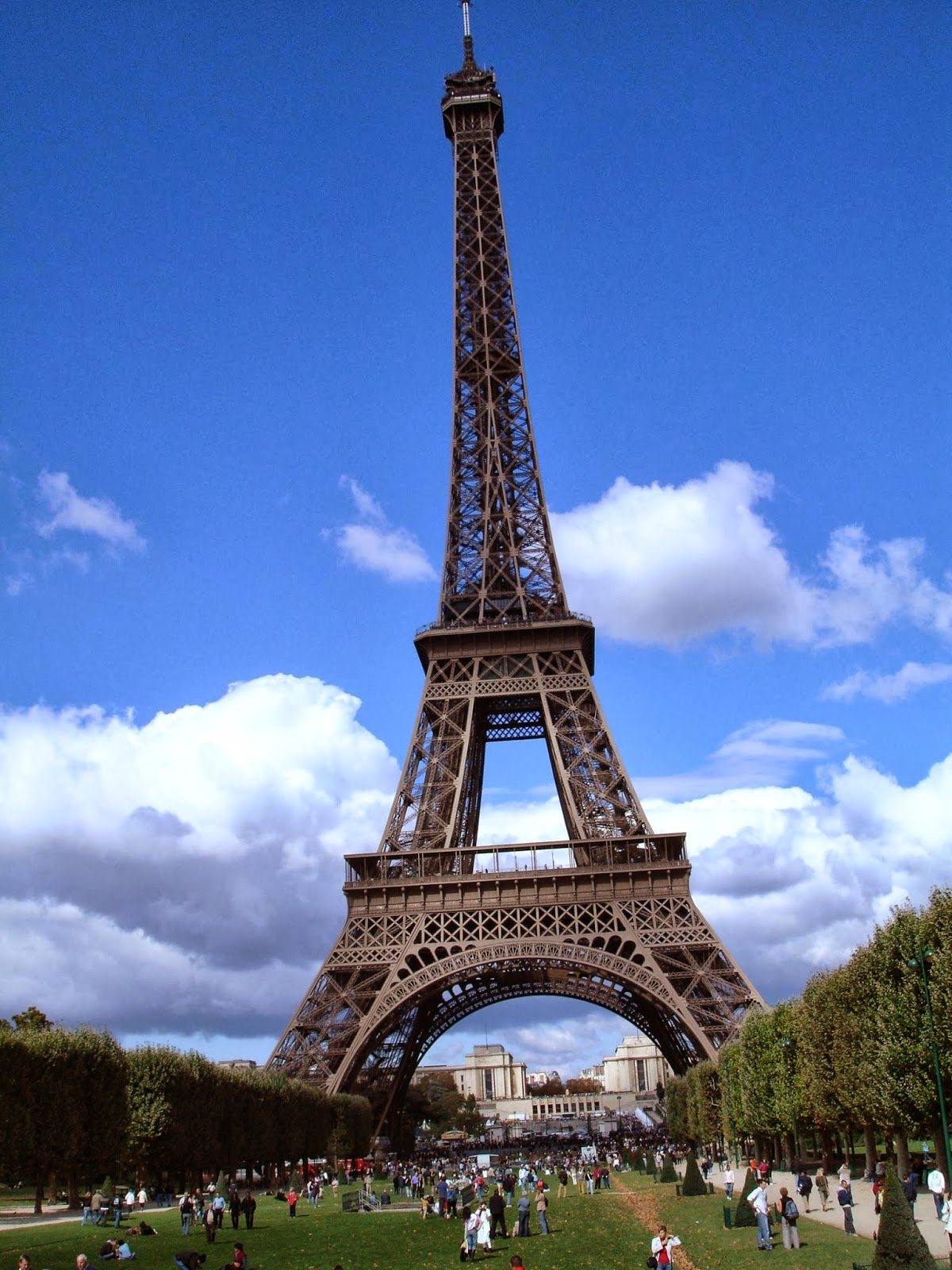 eiffel tower wallpaper - photo #31