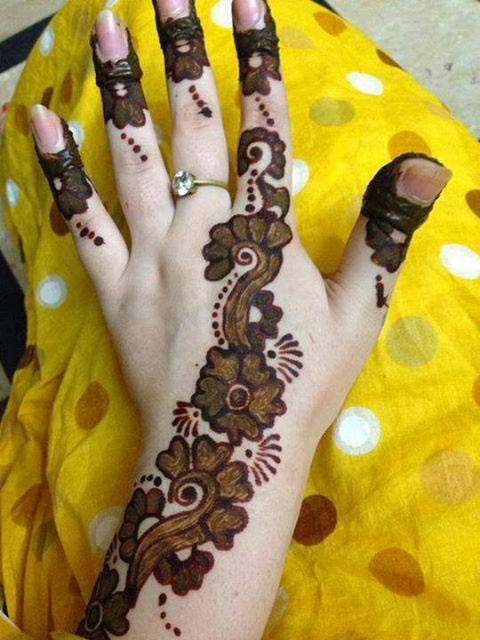 a beautiful mahendi design