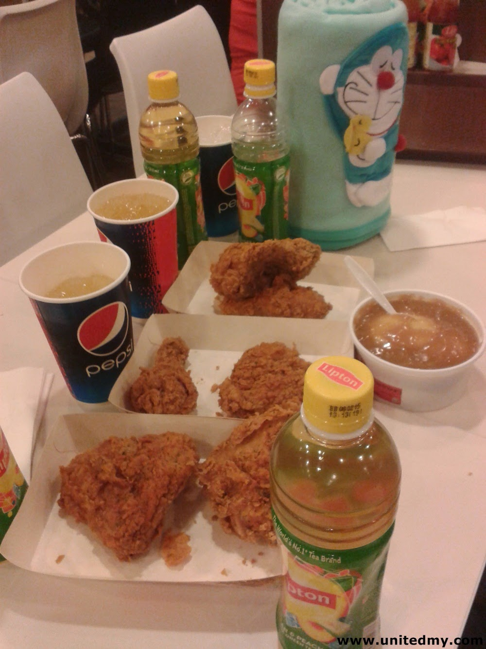 KFC Tangy Crunch Family and Friends Meal Malaysia 2014