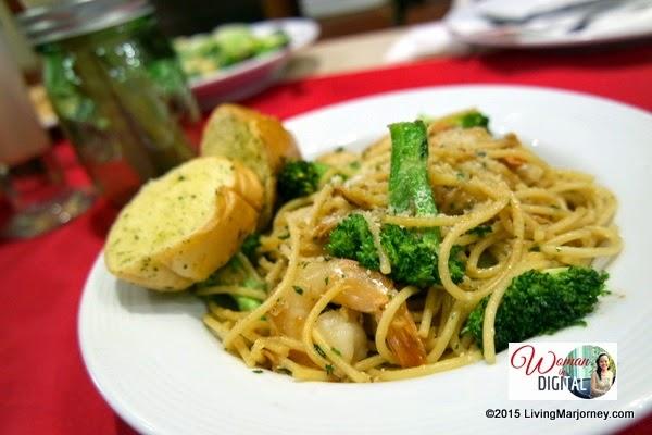 Garlic-Scampi-Pasta via www.LivingMarjorney.com