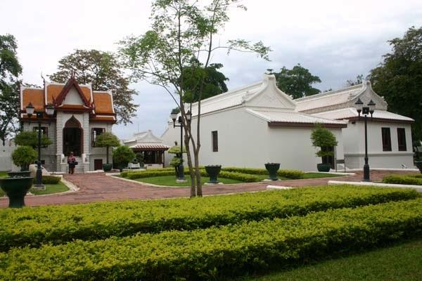 قصر فرا ونغ ديرم
