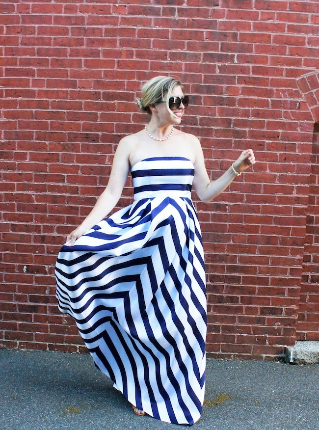Jessica Simpson stripe gown