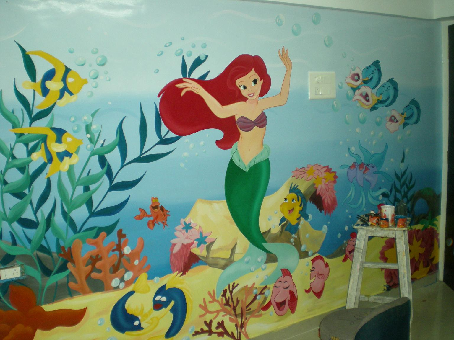 Fish tank painting - Customized Cartoon Wall Painting Mumbai