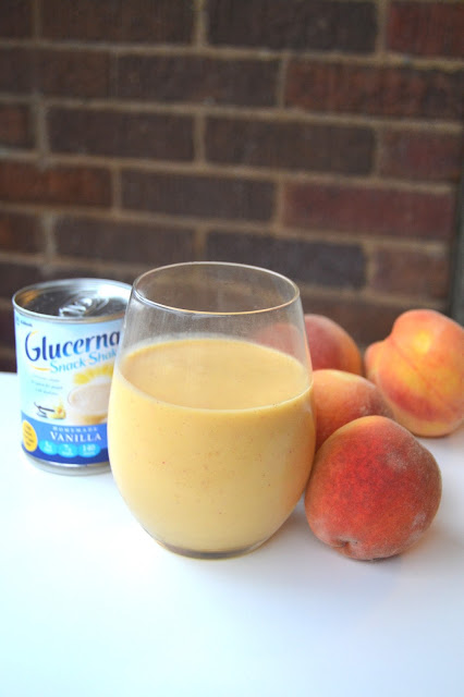 Peach Mango Smoothie with Glucerna