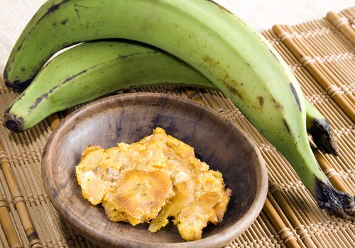 Le jus de banane et de pomme de terre pour traiter l - Traitement pomme de terre ...