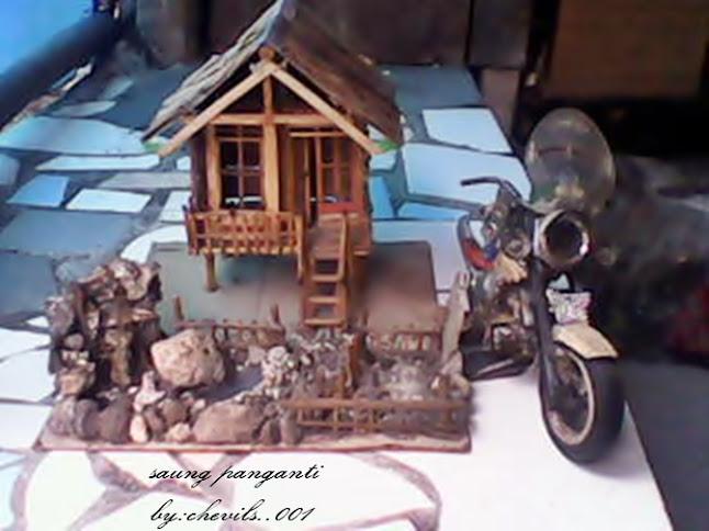 Kerajinan Tangan Miniatur Rumah Rumahn Dari Barang Bekas Sampah