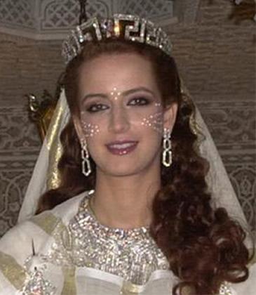 oui fifi quand kai lanc la recherche jai precis diadem mariage oriental et k ai precis maroc donc sa donne a peu pre sa - Diademe Mariage Oriental