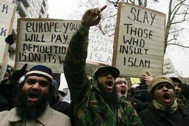 Religion of Peace Islam - Slay Those who insult Islam
