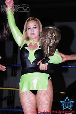 Luchadora: Lady Apache