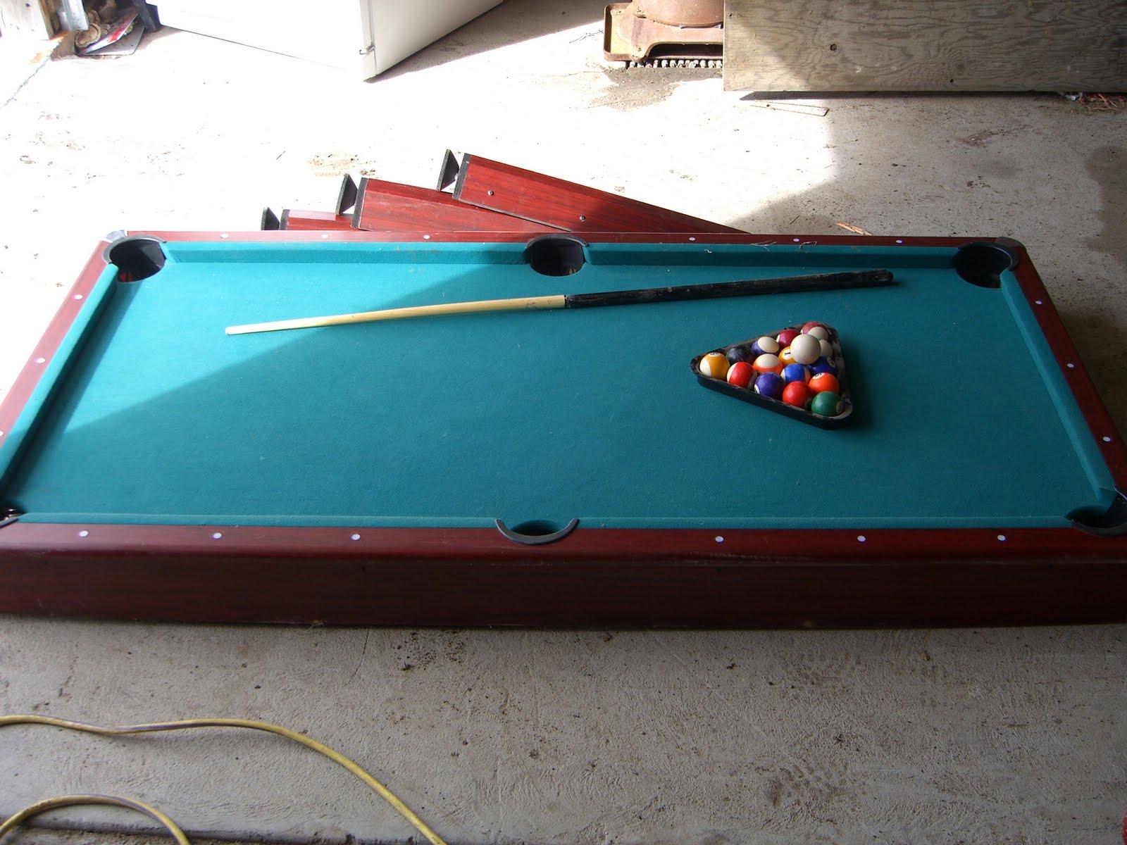 Superb Small Pool Table $30