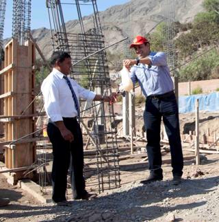 En l nea en lunahuana se inicio construcci n de piscina for Construccion de piscinas en lima