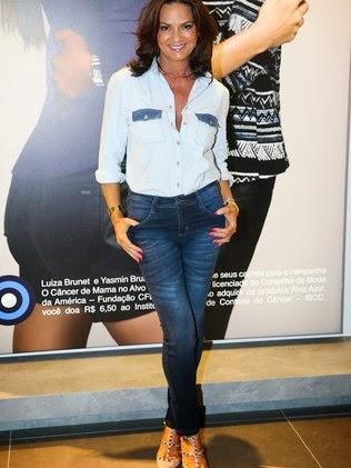 """Luiza Brunet: """"Não caí na asneira de ficar me botando toda e fazendo plástica"""""""