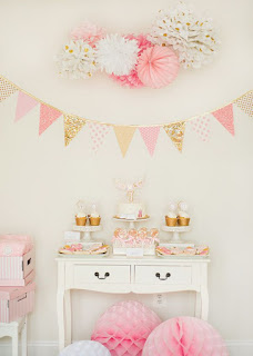 http://blog.hwtm.com/2014/09/dreamy-pink-gold-glam-pajama-birthday-party/