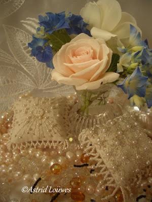 Astrid Louwes romantische kussentjes