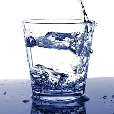 Wow ternyata air putih juga bagian diet lo.