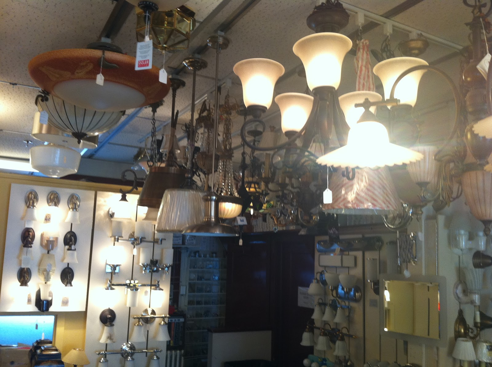 Gen3 electric 215 352 5963 lighting showroom for the main line on every bit of ceiling space hangs different types of chandeliers arubaitofo Images