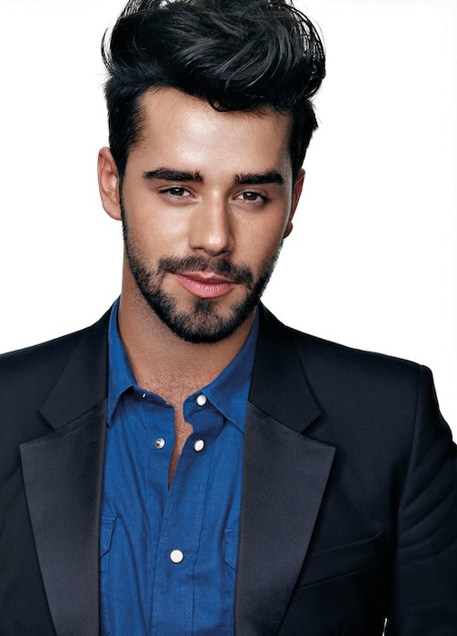 Hairstyles For Guys With Ears That Stick Out : Short Haircuts For Women With Ears That Stick Out hairstylegalleries ...