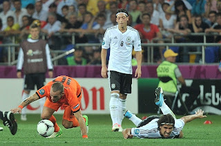 Ozil tired Ha!
