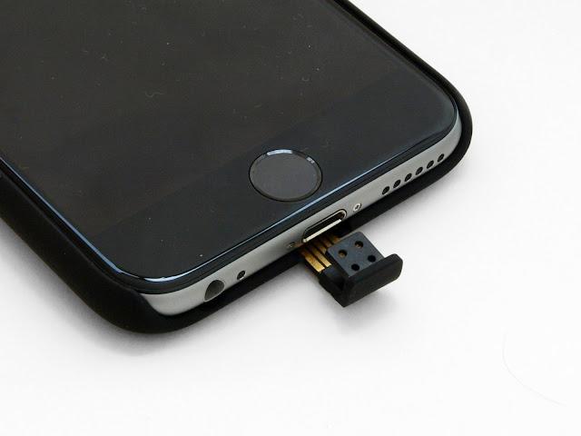 iPhone6を非接触充電にしたくて、Qi規格充電器とワイアレス充電対応ケースを購入してみた