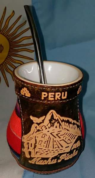 MATE DE CERÁMICA estilo peruano S/ 60.00