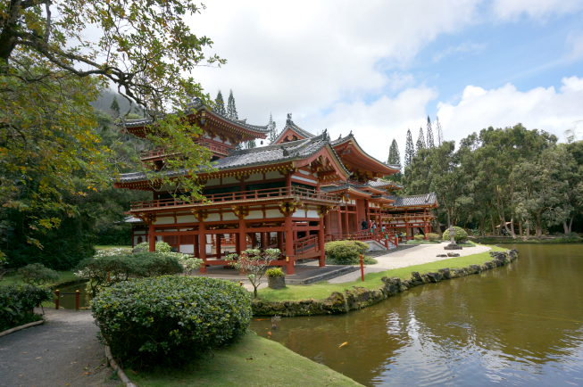 byodo-in temple, koolau mountains, hawaii