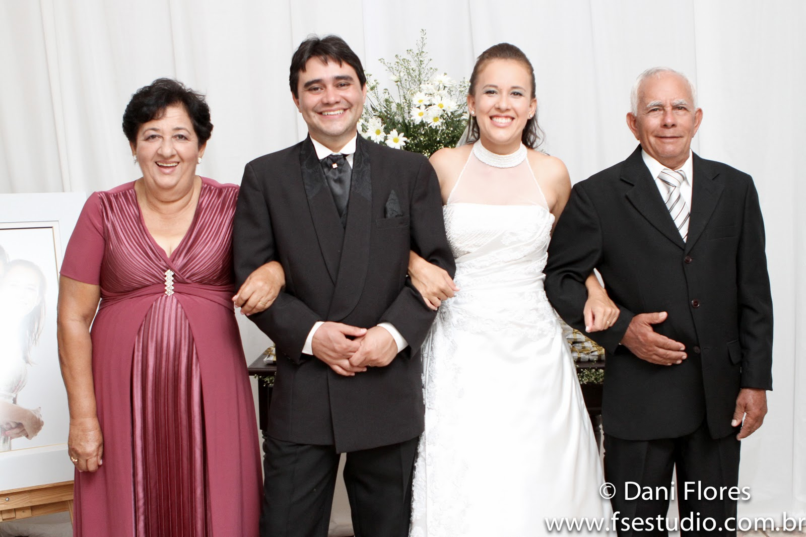 dani flores jardim ms:Os pais da noiva, Ary e Maria Ramires