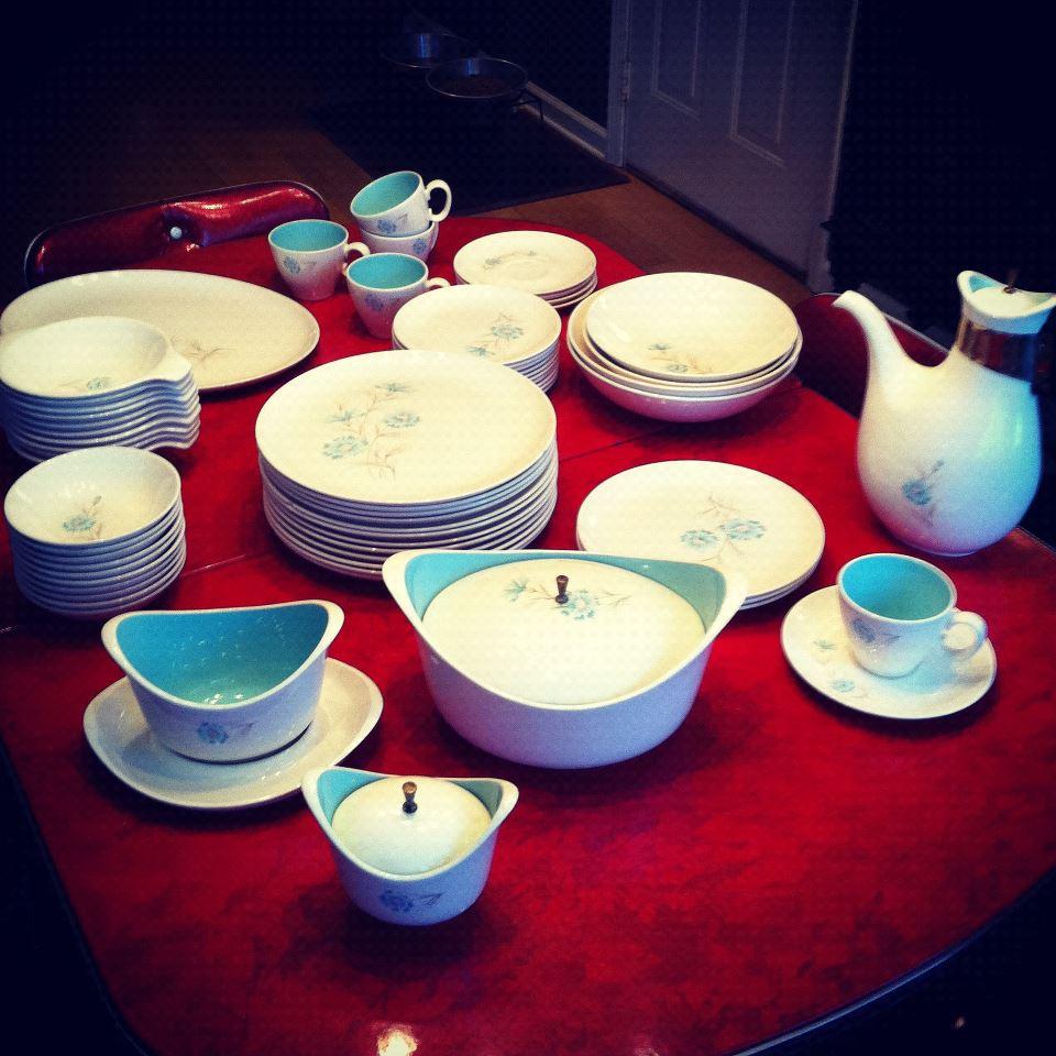 & Design Find: Vintage Taylor Smith u0026 Taylor Boutonniere Dishware Set