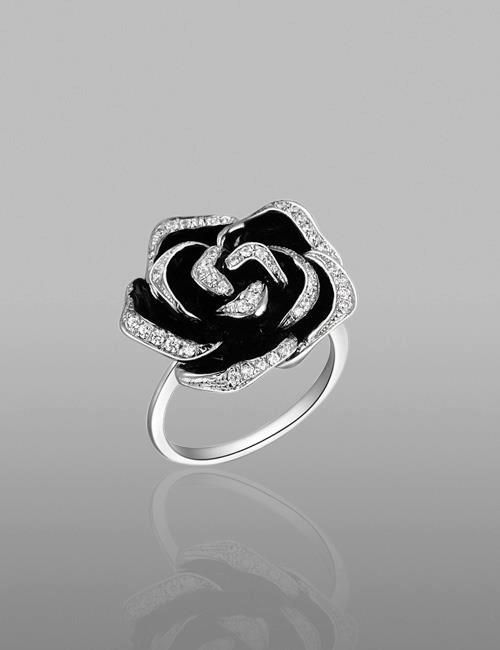 Beautiful Black Rose Ring