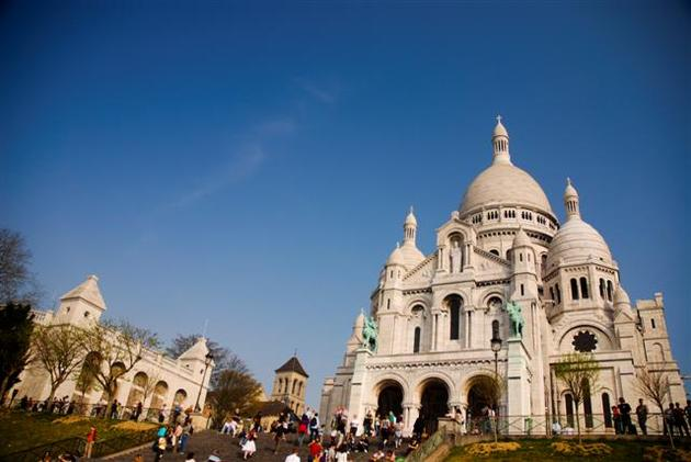 صور رائعة من باريس  Top_10_things_to_do_while_in_paris_sacre_coeur_front3