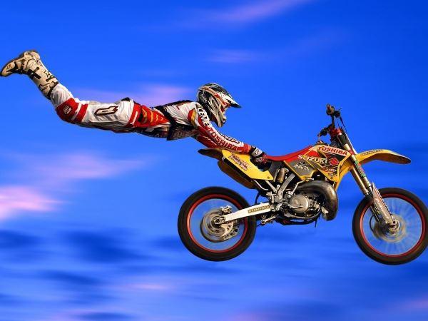 Acrobacias com motos em Campina Grande