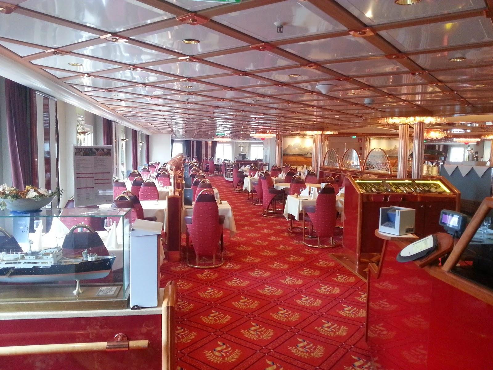 Hurtigruten MS Richard With - Polar Restaurant