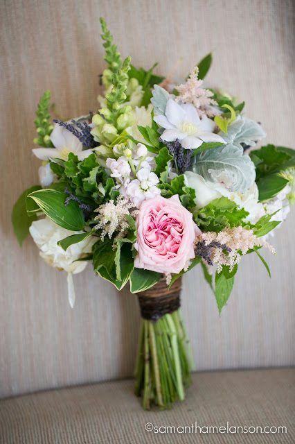 summer bridal bouquet, blush pink, soft purple, white & green : les fleurs : fruitlands museum : samatha melanson photography