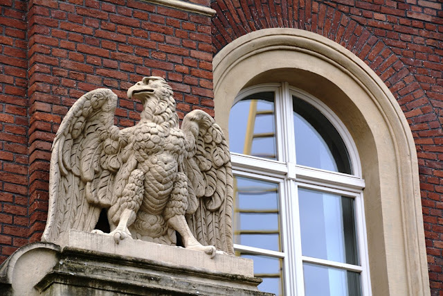Duisburg buildings eagle